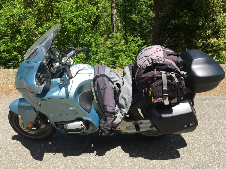 My fully-loaded old RT was put to the test on this road, and she didn't let her newer big brother GS drop her too much. For an old girl she can still hang!